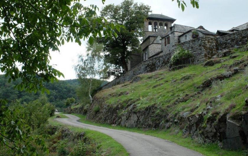 Location de vacances - Gîte à Florentin-la-Capelle - Village pittoresque dans les environs
