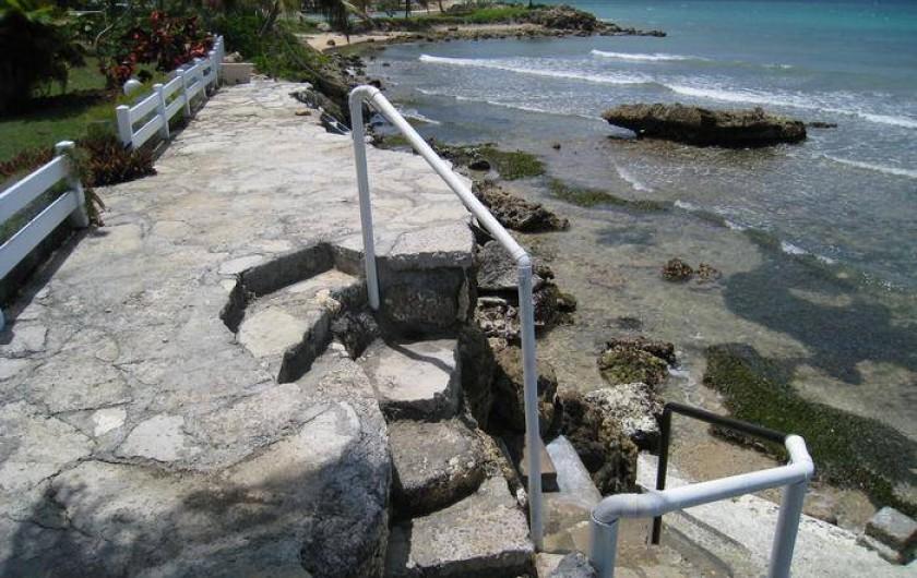 Location de vacances - Appartement à Le Gosier - Appartement F3 pied dans l'eau - descente à la Mer