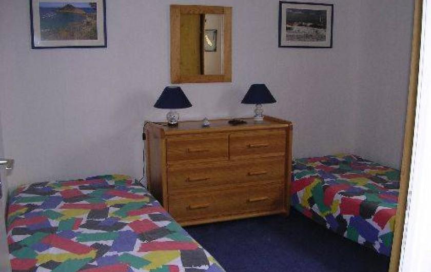 Location de vacances - Appartement à Saint-Quay-Portrieux - chambre2
