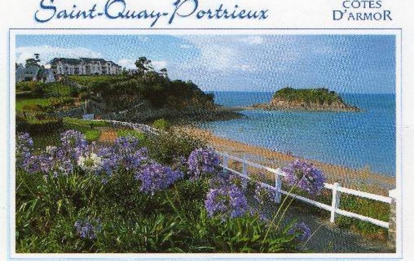 Location de vacances - Appartement à Saint-Quay-Portrieux - vue de la résidence par le chemin de ronde