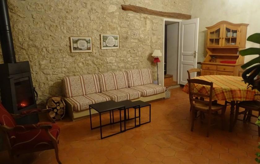 Location de vacances - Gîte à Conne-de-Labarde - coin salon