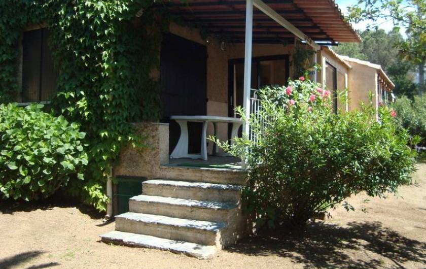 Location de vacances - Villa à Saint-Florent - Terrasse jardin