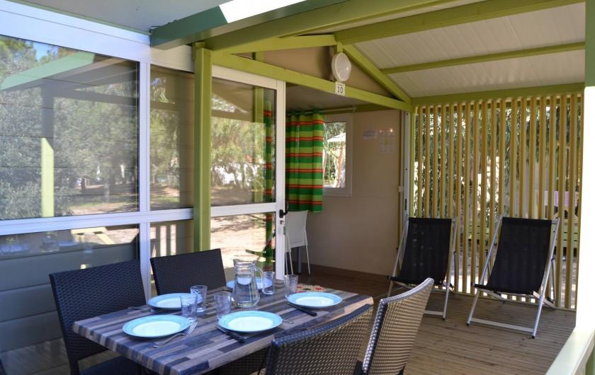 Location de vacances - Bungalow - Mobilhome à Calvi - agréable terrasse extérieur semi-couverte
