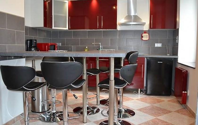 Location de vacances - Chambre d'hôtes à Bogny-sur-Meuse - Cuisine équipée