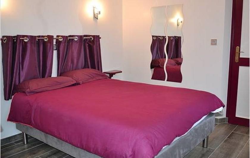Location de vacances - Chambre d'hôtes à Bogny-sur-Meuse - La mauve Renaud