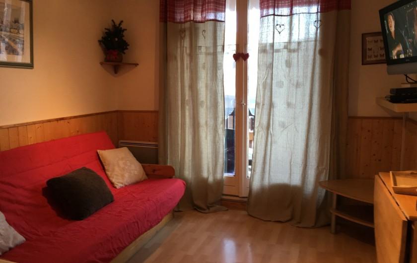 Location de vacances - Studio à La Foux d'Allos - Pièce à Vivre Chaleureuse