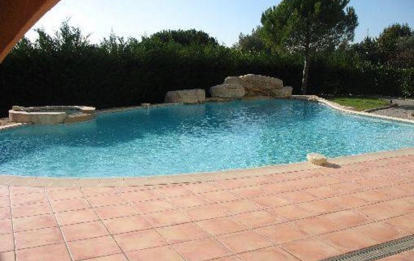 Location de vacances - Villa à Cannes - piscine villa des oliviers