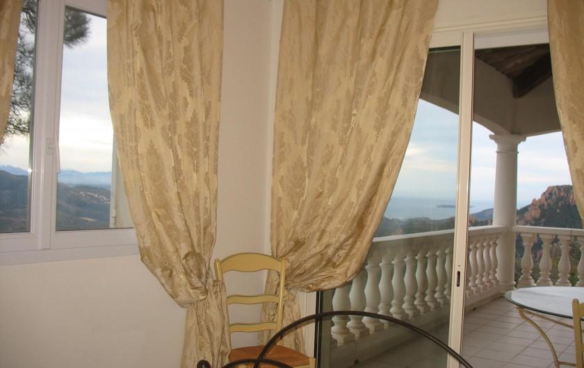 Location de vacances - Villa à Cannes - Villa des Oliviers arrivée parking