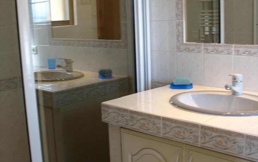 Location de vacances - Villa à Cannes - Salle d'eau ch2