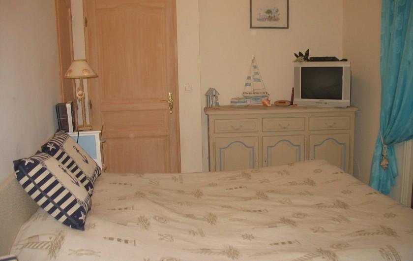 Location de vacances - Villa à Cannes - Chambre 8 niveau piscine