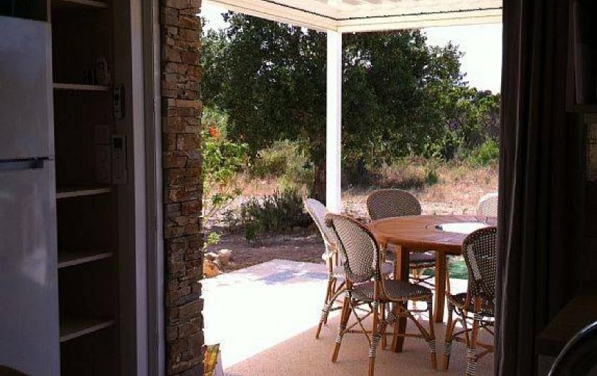 Location de vacances - Villa à Lecci - Pergola extérieure à l'ouest...