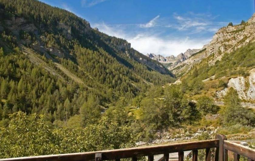 Location de vacances - Maison - Villa à Saint-Dalmas-le-Selvage - Vue du balcon