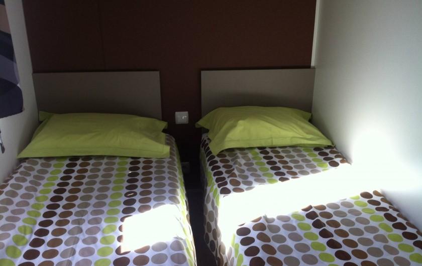 """Location de vacances - Bungalow - Mobilhome à Valras-Plage - chambre """"enfants"""""""