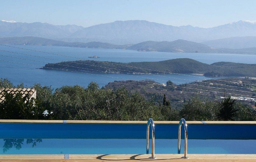 Location de vacances - Villa à Kassiopi - Villa Alexia. La piscine.