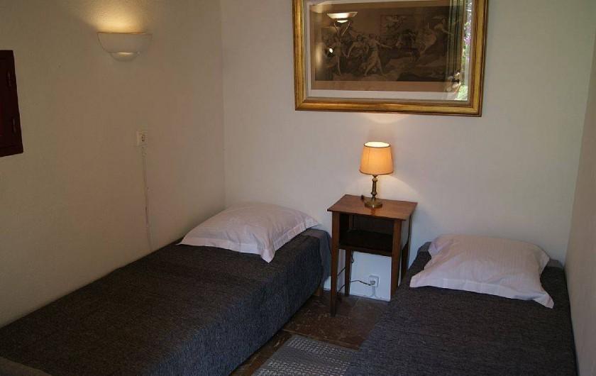 Location de vacances - Villa à Kassiopi - Villa Alexia. Chambre 3. (sur demande). Petite maison au fond du jardin.