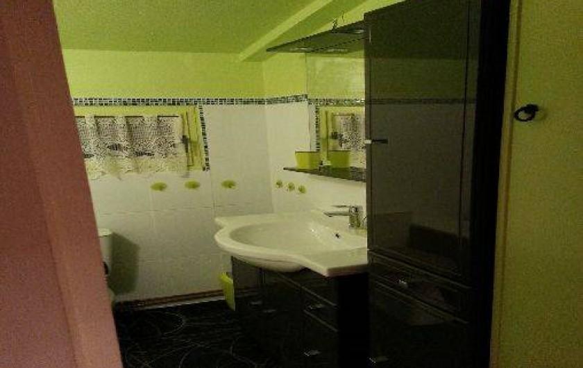 Location de vacances - Chalet à Métabief - salle de bains, lavabo