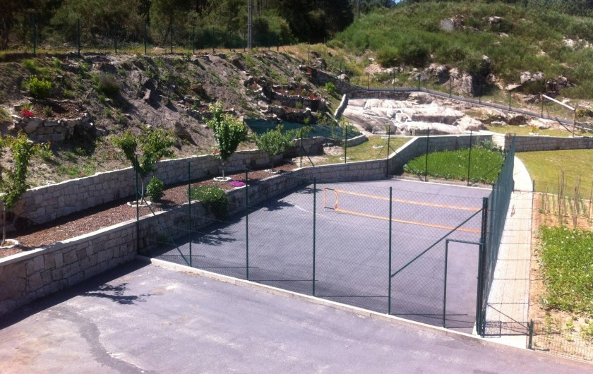 Location de vacances - Villa à Cabeceiras de Basto - Terrain de tennis