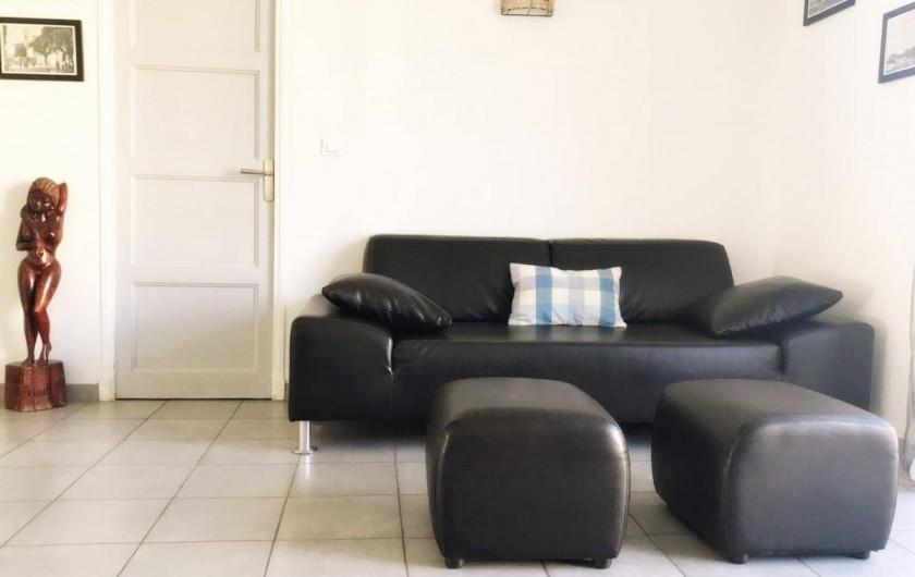 Location de vacances - Appartement à Cassis - LE SALON SEJOUR