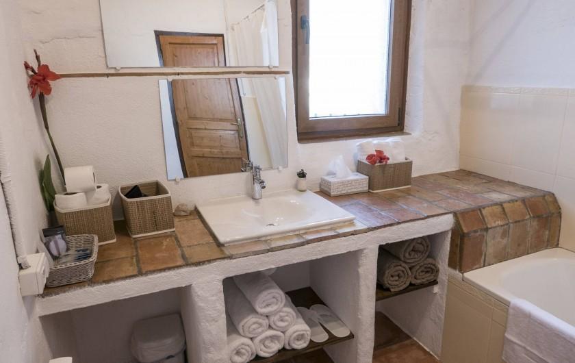 Location de vacances - Appartement à Castelló d'Empúries - La salle de bain