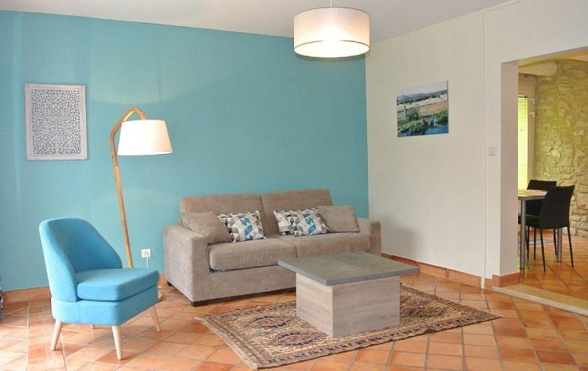 Location de vacances - Appartement à Caderousse - Le salon