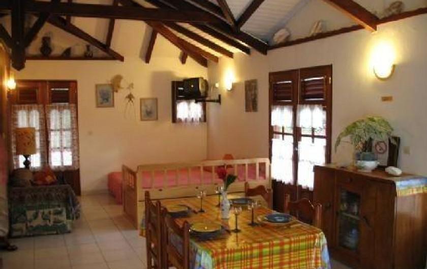 Location de vacances - Villa à Deshaies - Salon et salle à manger