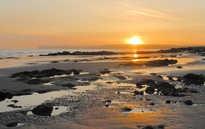 Location de vacances - Gîte à Widehem - Les couleurs d'un coucher de soleil sur les plages de la Côte d'Opale