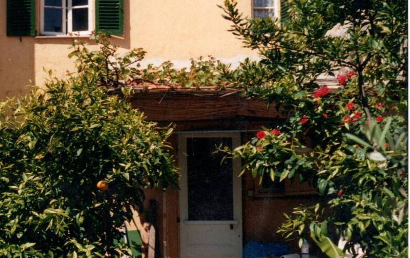 Location de vacances - Maison - Villa à Antibes - terrasse