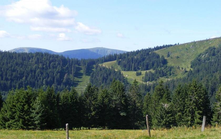Location de vacances - Gîte à La Bresse - vue sur les Crêtes