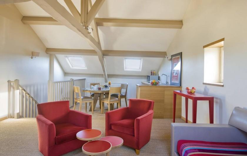 Location de vacances - Hôtel - Auberge à Rémalard - Salon Duplex