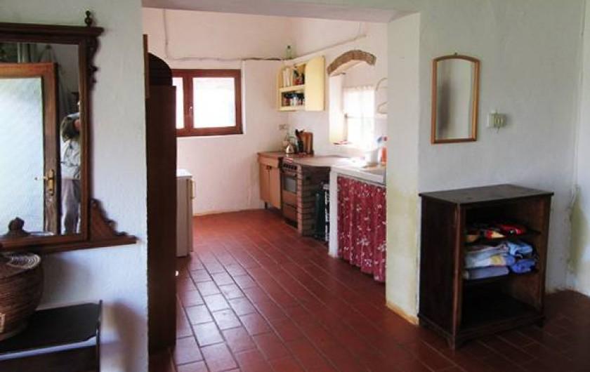 Location de vacances - Appartement à Vada - cuisine-bain