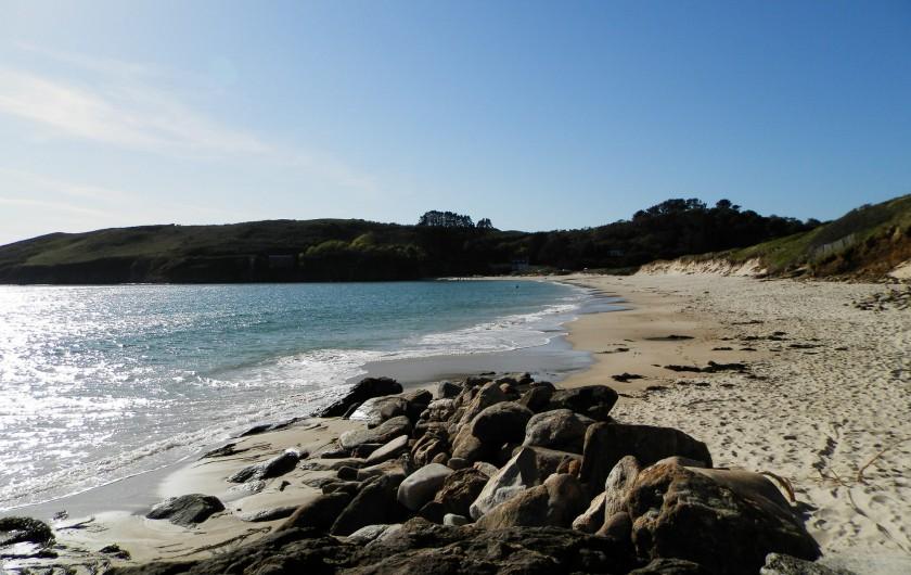Location de vacances - Maison - Villa à Ploumoguer - La plage à 10 minutes à pied