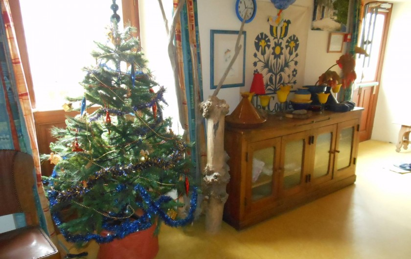 Location de vacances - Gîte à Gras - Le sapin de Noël pour une semaine en famille.