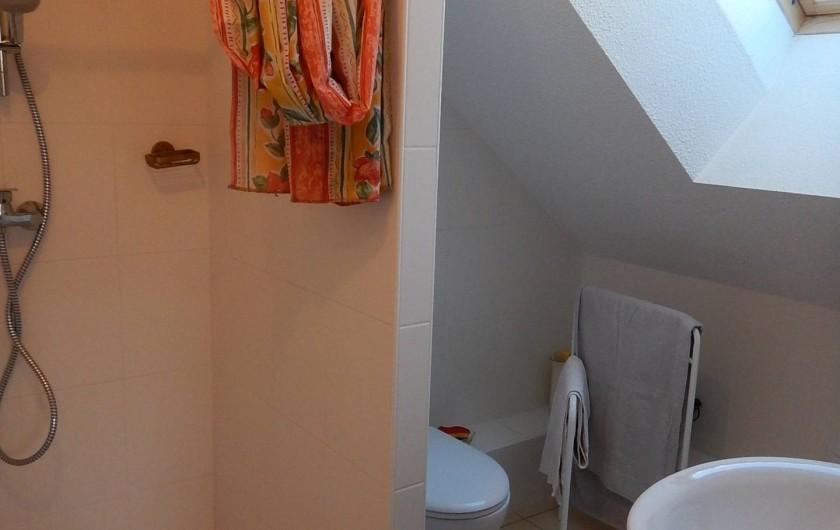 Location de vacances - Chalet à Crévoux - La salle d'eau