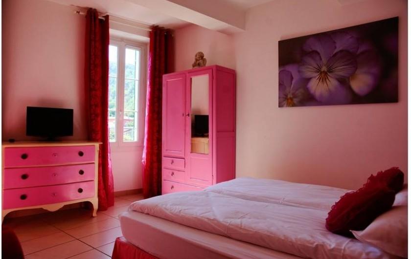 """Location de vacances - Hôtel - Auberge à Collobrières - La Chambre Luxe """"Opale Rose"""""""