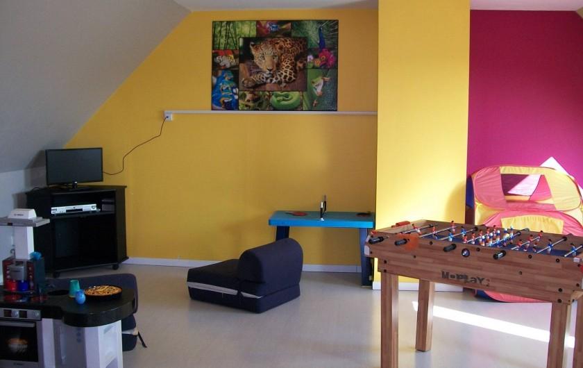 Location de vacances - Gîte à Saint-Omer - Salle de jeux à létage