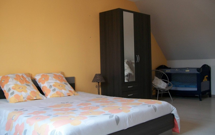 Location de vacances - Gîte à Saint-Omer - Chambre étage
