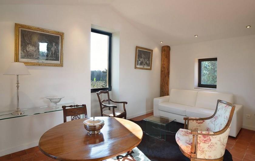 Location de vacances - Maison - Villa à Nîmes - Salon suite « Room with a view »