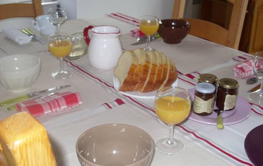 Location de vacances - Chambre d'hôtes à Les Essarts - petit déjeuner