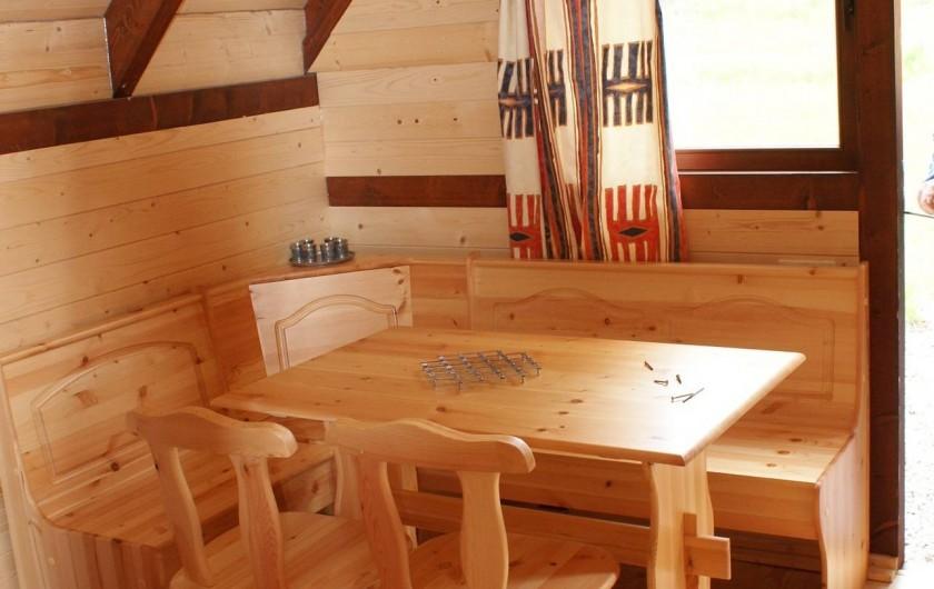 Location de vacances - Insolite à Sainte-Fortunade - Coin repas