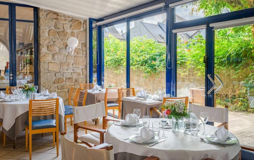 Location de vacances - Hôtel - Auberge à Argentat - Véranda climatisée pour vos repas au Sablier du Temps