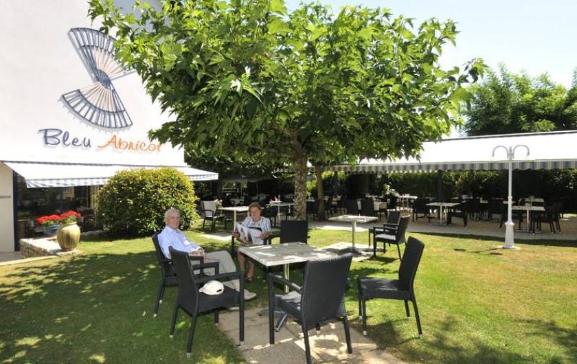 Location de vacances - Hôtel - Auberge à Argentat - Le jardin  de l'hôtel pour la détente