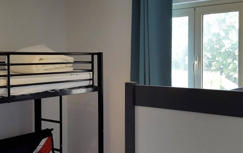 Location de vacances - Appartement à Sainte-Lucie de Porto-Vecchio - Chambre enfant - 1 lit superposé 140X190 - et 90X190 et un lit 160X80