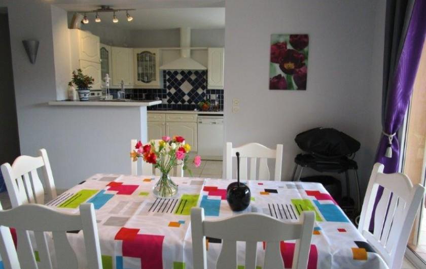 Location de vacances - Villa à Bagnols-en-Forêt - salle a manger
