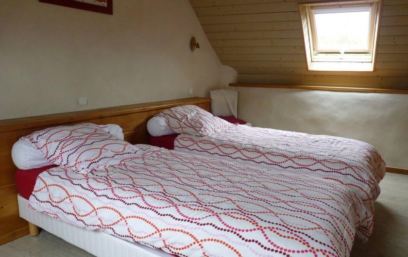 Location de vacances - Gîte à Plouégat-Moysan - La chambre avec 2 lits simples