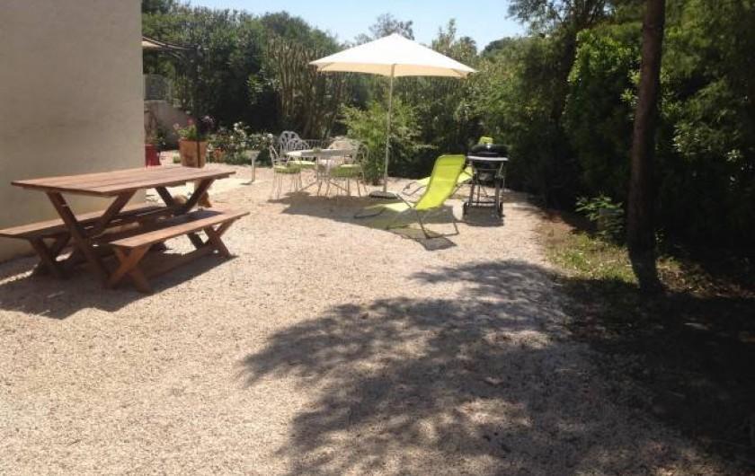 """Location de vacances - Appartement à Saint-Aygulf - Appartement """"rez-de-jardin"""""""
