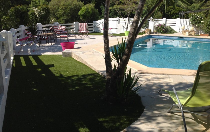 Location de vacances - Appartement à Saint-Aygulf - Piscine