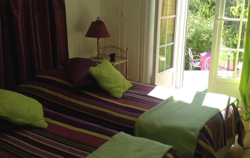 """Location de vacances - Appartement à Saint-Aygulf - Chambre appartement """"vue-mer"""""""