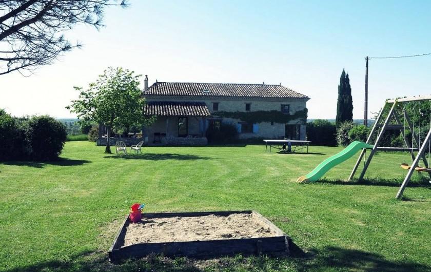 Location de vacances - Gîte à Villeréal - Grand jardin arboré de 8500 m² - Pleine campagne