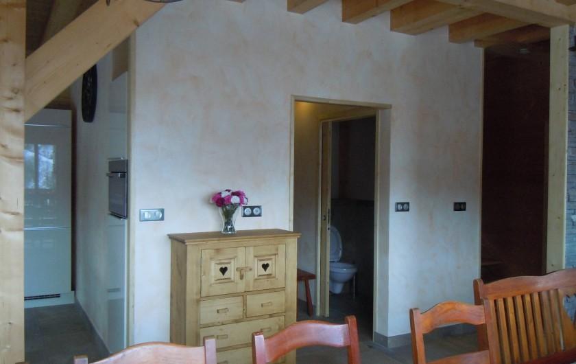 Location de vacances - Appartement à Saint-Sorlin-d'Arves - séjour donnant sur entrée