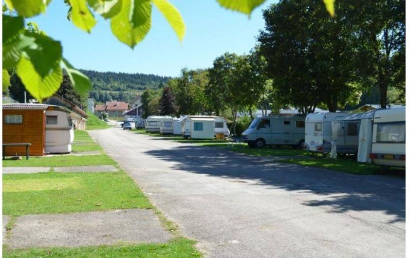 Location de vacances - Camping à Les Hôpitaux-Neufs - Camping